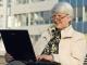 Работающим пенсионерам сохранят пенсионные выплаты